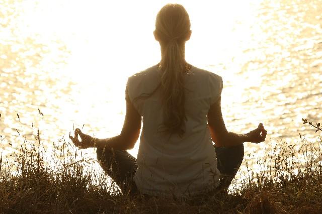 七実のライブ瞑想会